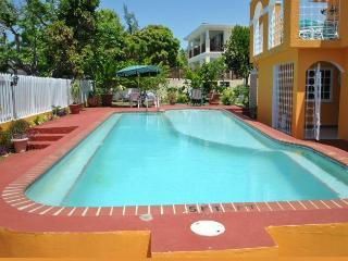 LA HACIENDA - Silver Sands vacation rentals
