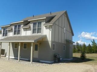 Newer 4 Bedroom Vacation Rental Home on Owl`s Nest Golf Resort - Campton vacation rentals