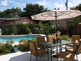 AMAZING 3 BEDROOM VACATION HOME WITH PRIVATE POOL - Fort Lauderdale vacation rentals