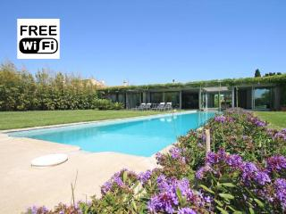 Luxury villa with pool, garden and swings - Province of Girona vacation rentals