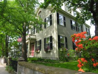 Historic Bed & Breakfast in Coastal Seaport - Fall River vacation rentals