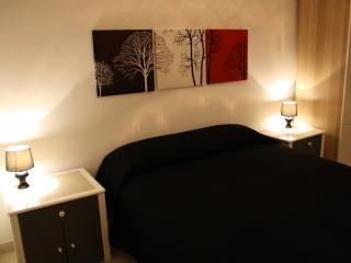 la Bohème - Garden room - Vasto vacation rentals