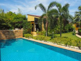 Charming Pool Villa in Long Beach, Koh Lanta - Ko Lanta vacation rentals