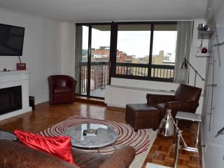West End One Bed: 12th Floor with Balcony & Views - Boston vacation rentals