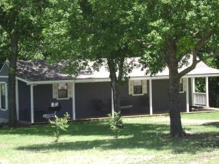 Flying Low Cabin - Sulphur vacation rentals