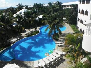 COCONUT PALMS RESORT - DR - Cabarete vacation rentals