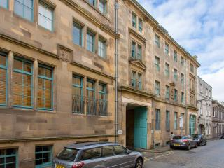 Maritime Street Apartment - Edinburgh vacation rentals