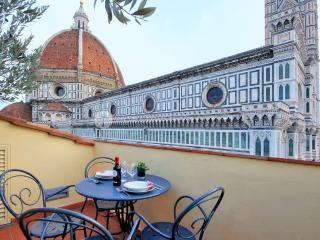 Penthouse Brunelleschi - Borgo San Lorenzo vacation rentals