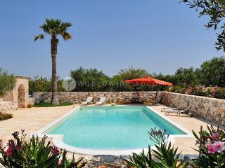 Villa Camelia - Castellana Grotte vacation rentals