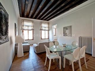 Apartment Allori - City of Venice vacation rentals