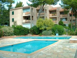 Bandol,Studio 4pers, Piscine,Parking,500m/plage - Bandol vacation rentals