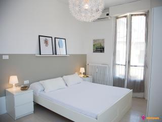 (#HINT37) Savona Milano Apartment2 - Milan vacation rentals