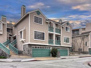 Cypress-Recently Upgraded Condo, Near Beaches, Newport Bay & Balboa Village - Balboa vacation rentals