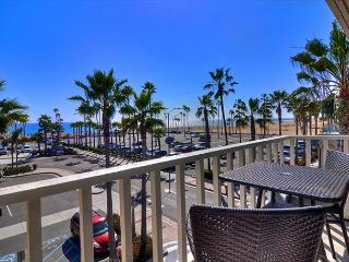 East Oceanfront in Balboa - Brand New Beachfront  with Boardwalk Amazing Condo - Newport Beach vacation rentals