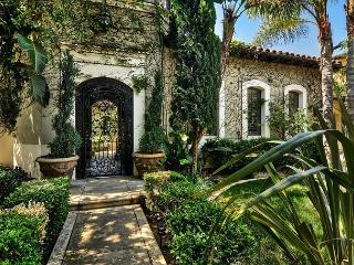 STUNNING Entertainer's Newport COAST 4 Bedroom - Mission Viejo vacation rentals