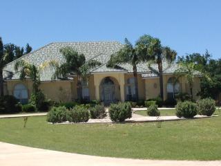 BEAUTIFUL HOUSE FISHING & HUNTING LODGE - Zapata vacation rentals