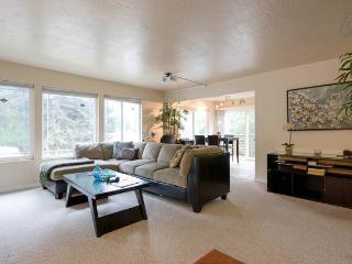 Bay Area Gem (Unit 1) - Oakland vacation rentals