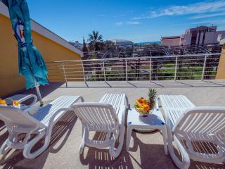 Hotel Pharos - Triple Room 2 - Bar vacation rentals