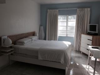 Affordable South Beach Studio Sleep 2 - Miami Beach vacation rentals