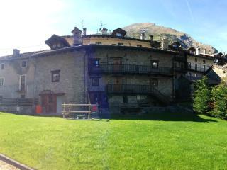 Appartamenti Da Clara - La Thuile vacation rentals