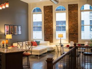 Nashville's Largest Downtown Accommodation - Nashville vacation rentals