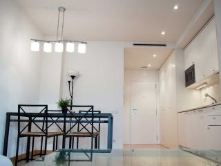 Luxury apartment with balcony Bei - Barcelona vacation rentals