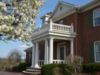 Miller Manor: Stay in a Mansion - Ohio vacation rentals