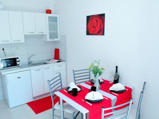 Lovely apartment in Stobreč - Dalmatia vacation rentals
