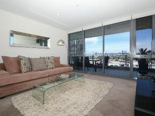 FRINGE CBD, ABSOLUTE LUXURY, PANORAMIC VIEWS - Perth vacation rentals