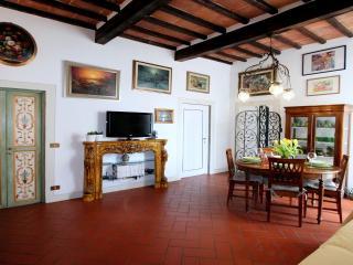 Porta Al Prato Apartment - Florence vacation rentals