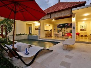 Amazing 3 Bedroom, Pool Villa In Beautiful Canggu - Canggu vacation rentals