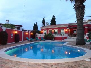V5 Vivianne - Branqueira vacation rentals