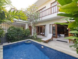 Kekasih, 3 Bed / 4 Bath Villa, Beach Side Sanur, - Sanur vacation rentals