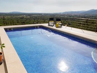 Villa with AMAZING VIEW in the HEART of Majorca! - Inca vacation rentals