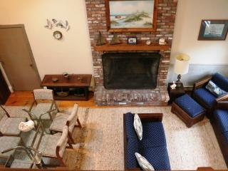 Beautiful Cape Cod Home Minutes to Nauset Beach! - Harwich Port vacation rentals