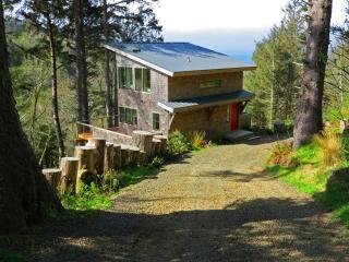 Green Flash Cabin. Featured in Sunset Magazine. - Neskowin vacation rentals