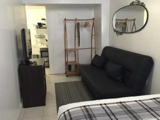 Moblat 7 Spacious And Surprising Duplex In Astoria - Queens vacation rentals