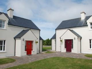 AN SEANACAI Holiday Homes - 3 Bed (Type B) : Dungarvan, Waterford - Dungarvan vacation rentals