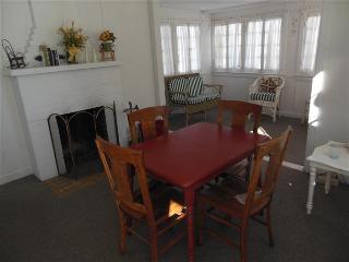 Quiet Up North Getaway - Avalon Cottage - Northwest Michigan vacation rentals