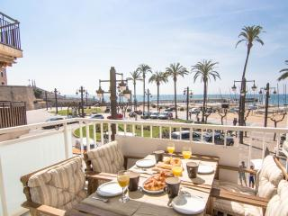 RIBERA SOL beach front apartment in Sitges - Sitges vacation rentals