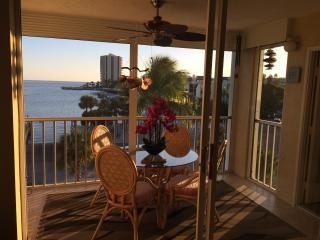 Magnificent Gulf Views at exclusive Eagle Cay - Marco Island vacation rentals