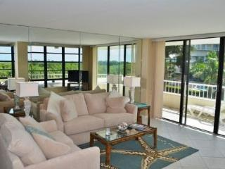 Pretty Condo with lovely beach views from the large wrap balcony - Marco Island vacation rentals