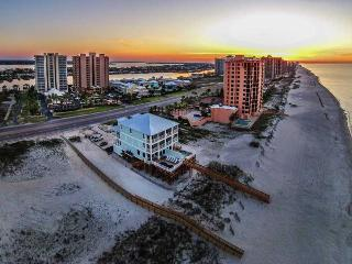 Castle in the Sand West!Gulf frnt w/prvt pool. - Orange Beach vacation rentals
