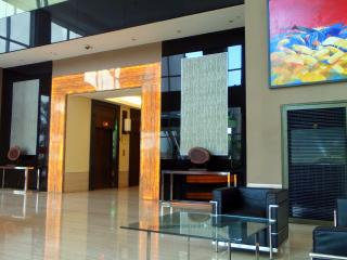 Great Value Comfortable Studio in Global City - Taguig City vacation rentals