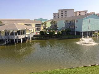 New to the Rental Program!! Cute Villas on the Gulf 1 bedroom w/lagoon views - Pensacola Beach vacation rentals