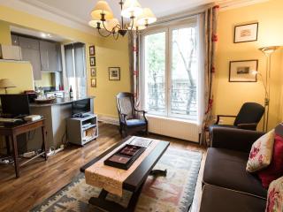 Caulaincourt Classique Vacation Rental in Montmartre - Paris vacation rentals
