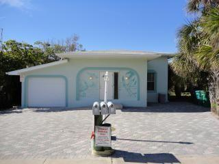 Pelican Villa - Across the street from the beach! - Florida Central Atlantic Coast vacation rentals