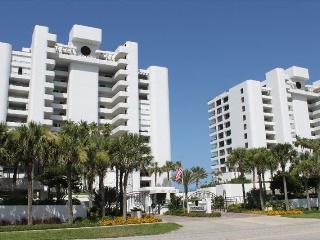 Beautiful 2 Bedroom 2 Bath Beachfront Condo - New Smyrna Beach vacation rentals
