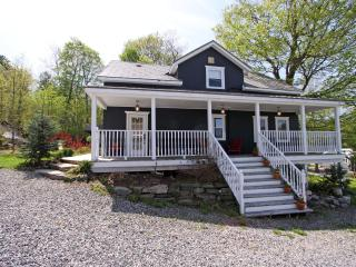 Milford Bay Retreat by Beautiful Lake Muskoka - Port Severn vacation rentals