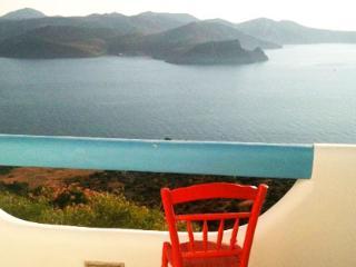 Amazing Sunset View Studio in Plaka, Milos island! - Klima vacation rentals